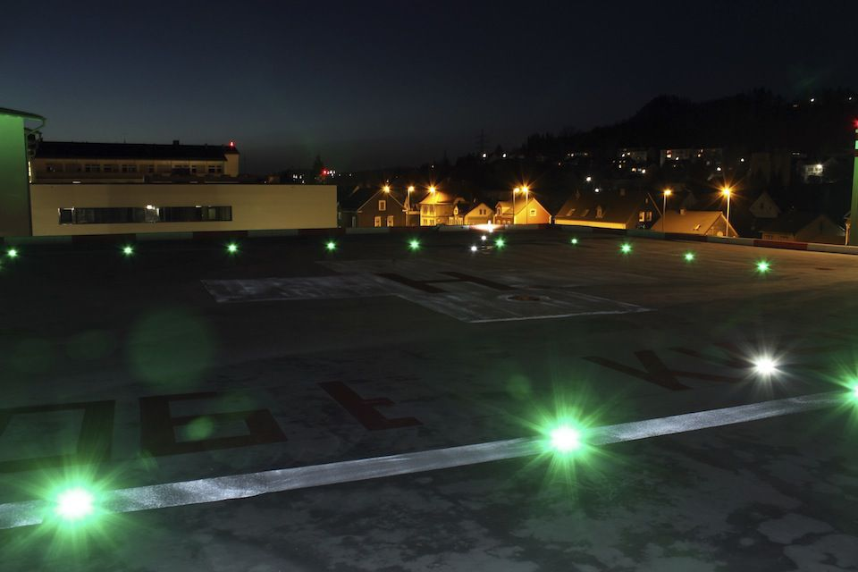 Approach- and Edge Lighting | DeWiTec GmbH - Airport Technology