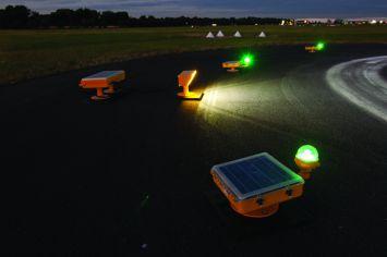DeWiTec Solar LED Flutlicht Heliport